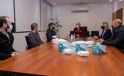 El Banco Galicia realizó una donación para personal del municipio de Lanús
