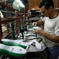 Buscarán bajar la presión impositiva sobre pymes y comercios