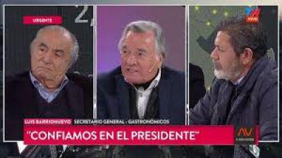 """Barrionuevo, al Gobierno: """"No jodan con la gente, la pobreza va a ser terrible"""""""
