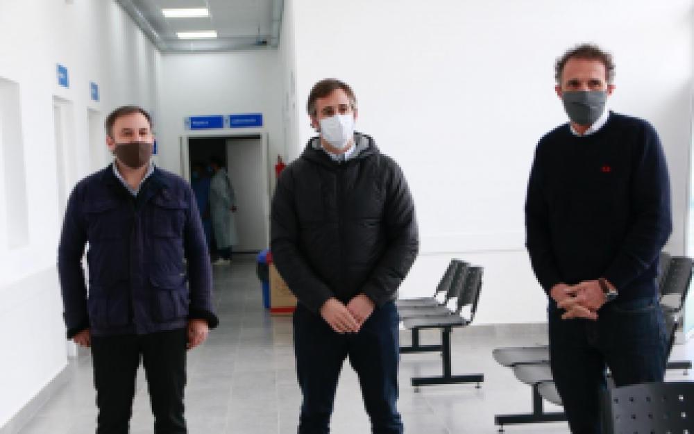 Pilar: Achával y el Ministro Katopodis recorrieron el nuevo Hospital Municipal de Derqui y el Centro de Testeo Covid-19