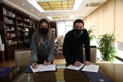 Galmarini y Nardini firmaron convenio para extender la red de agua potable en Malvinas Argentinas