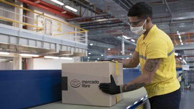 """""""Un empleado de depósito de Mercado Libre gana un 26% más que un camionero"""""""