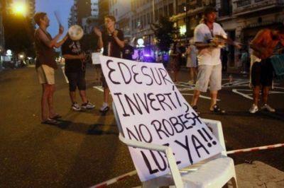 Intendentes y legisladores, furiosos contra Edesur: