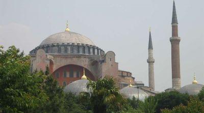 Advierten que transformar Santa Sofía en mezquita pone en riesgo el diálogo interreligioso