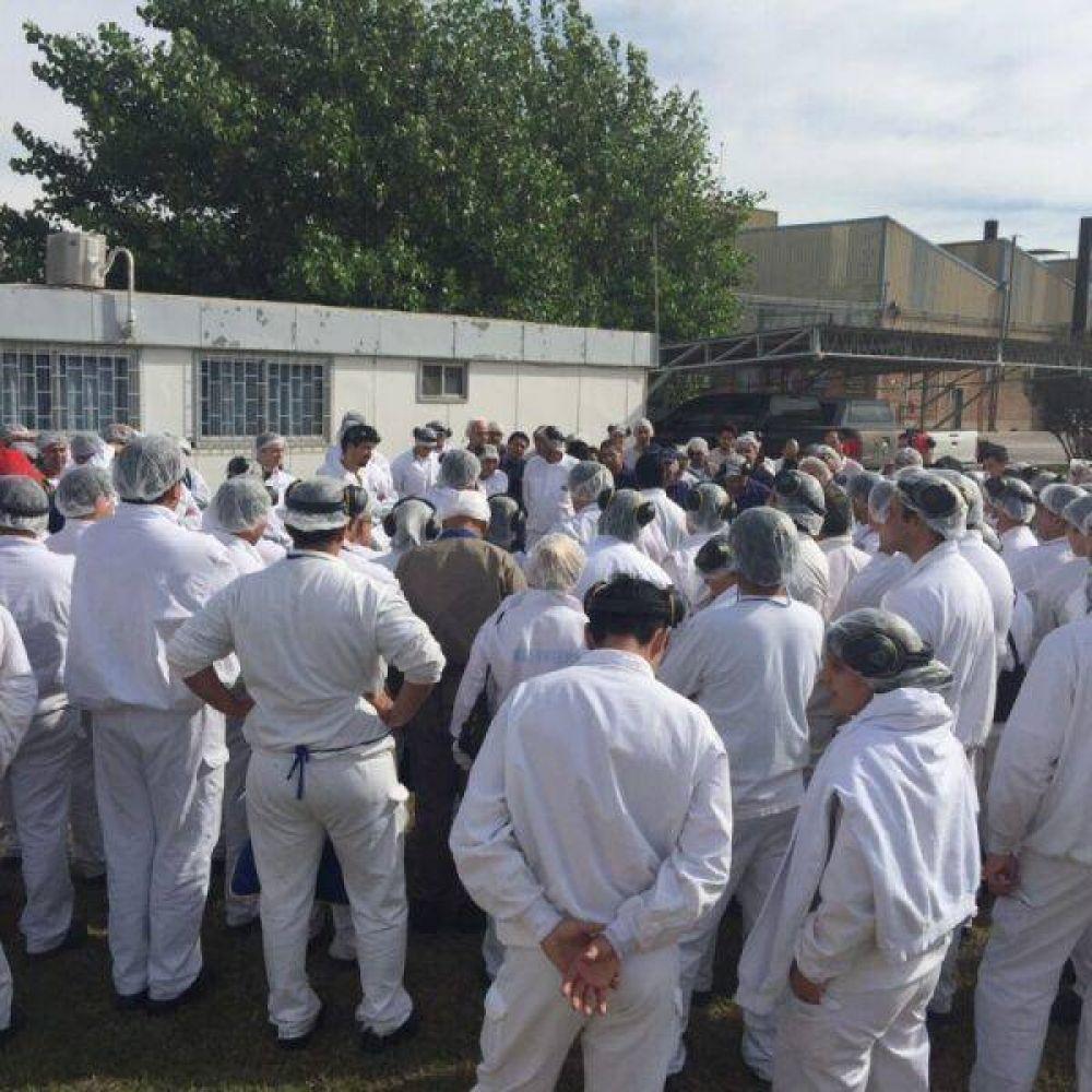 San Luis: trabajadores alimenticios reclaman por salario