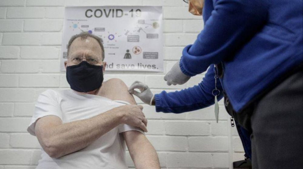 Cuáles son los medicamentos y vacunas que podrían terminar con la pandemia