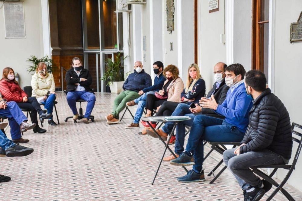 Passaglia se reunió con los concejales en el Palacio Municipal
