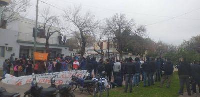 Vicentin no paga los salarios de su algodonera y los empleados acumulan 16 días de huelga