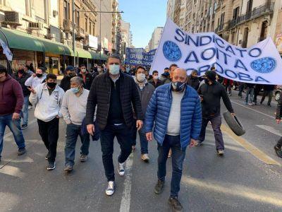 Córdoba: Choferes Interurbanos marcharon tras cumplir 101 días de paro