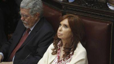 Cristina incluyó en la sesión del Senado la ley que pidió cajonear Ginés