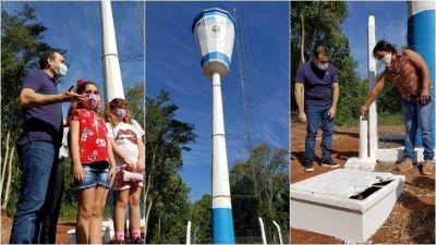 """""""No se trata de una inversión para que salga agua, sino de llevar salud"""" dijo Herrera Ahuad al inaugurar obras en Santiago de Liniers"""