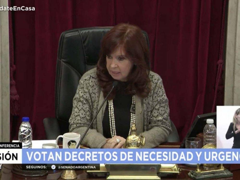 """El enojo de Cristina Kichner con la oposición en el Senado: """"He soportado cualquier cosa de ustedes, hasta allanamientos"""