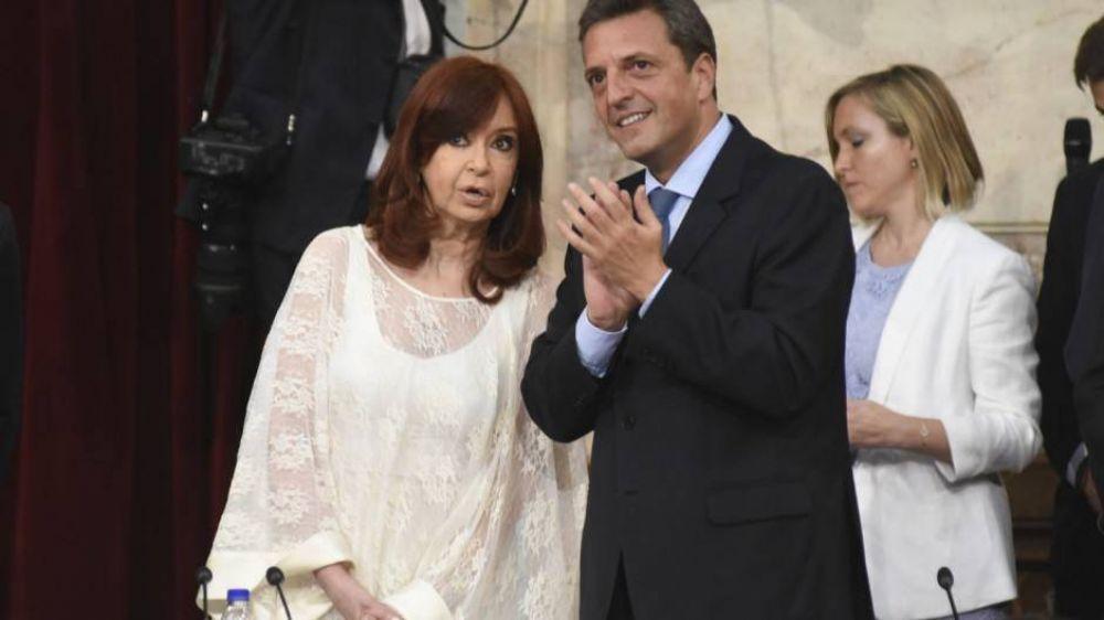 Cristina y Massa congelan los salarios de legisladores hasta fin de año