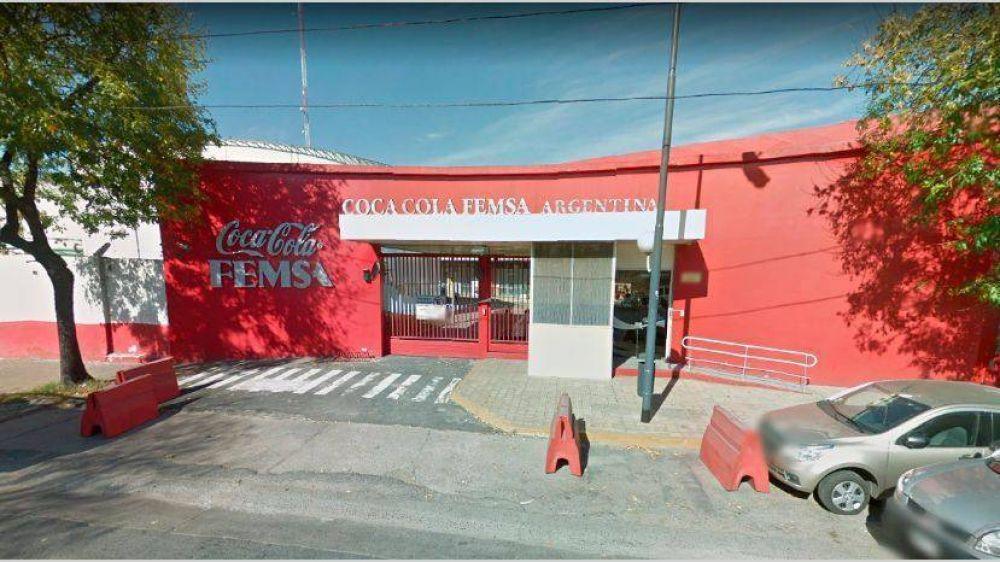 Se desplomaron 26,5% las ventas de Coca-Cola Femsa en la Argentina