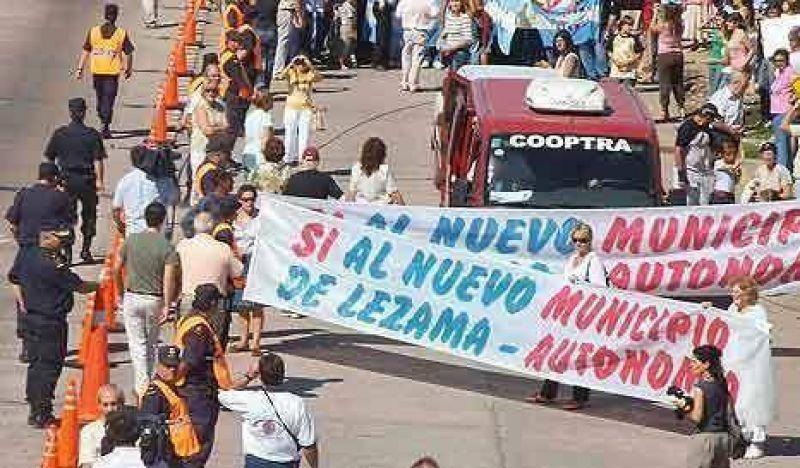 Vecinos de Lezama vuelven a las protestas en la ruta 2