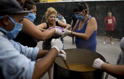 Radiografía del conurbano: crece la ocupación de camas UTI y explotan los comedores populares