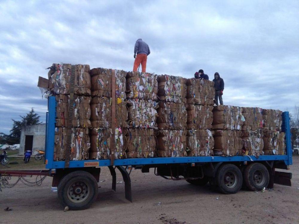 Recuperan materiales plásticos desde la Planta de Reciclado municipal