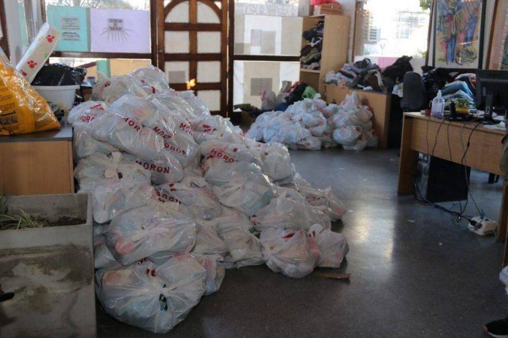 Se repartieron 2500 canastas de alimentos en barrios de Morón