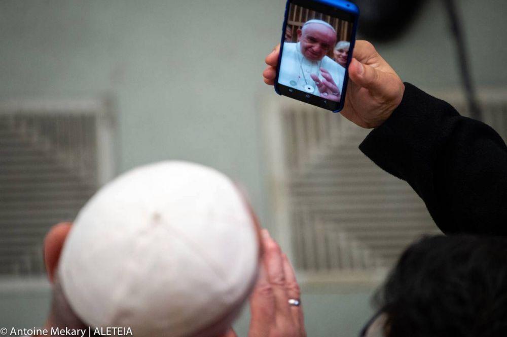 Papa Francisco: Sólo te pido que hagas latir tu corazón