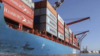 El superávit comercial creció 45% en el primer semestre y alcanzó los u$s8.097 millones