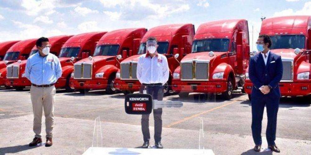 Integra Coca-Cola FEMSA 45 camiones KW T880 a distribución primaria