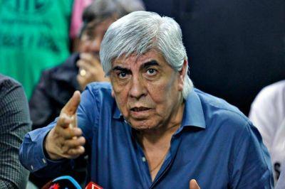 Hugo Moyano busca el récord salarial: reclamó un aumento de 25% por seis meses para los camioneros