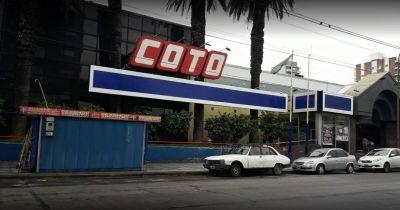 Falleció un trabajador por Covid-19 y sus compañeros responsabilizan a COTO: