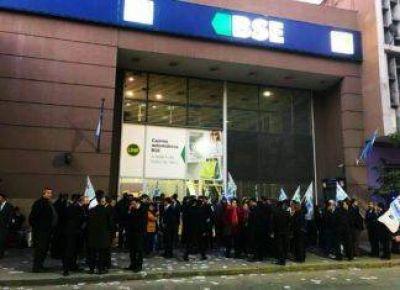 La Bancaria denuncia liquidaciones salariales arbitrarias en el personal del Banco Santiago del Estero y planifica asambleas sorpresas