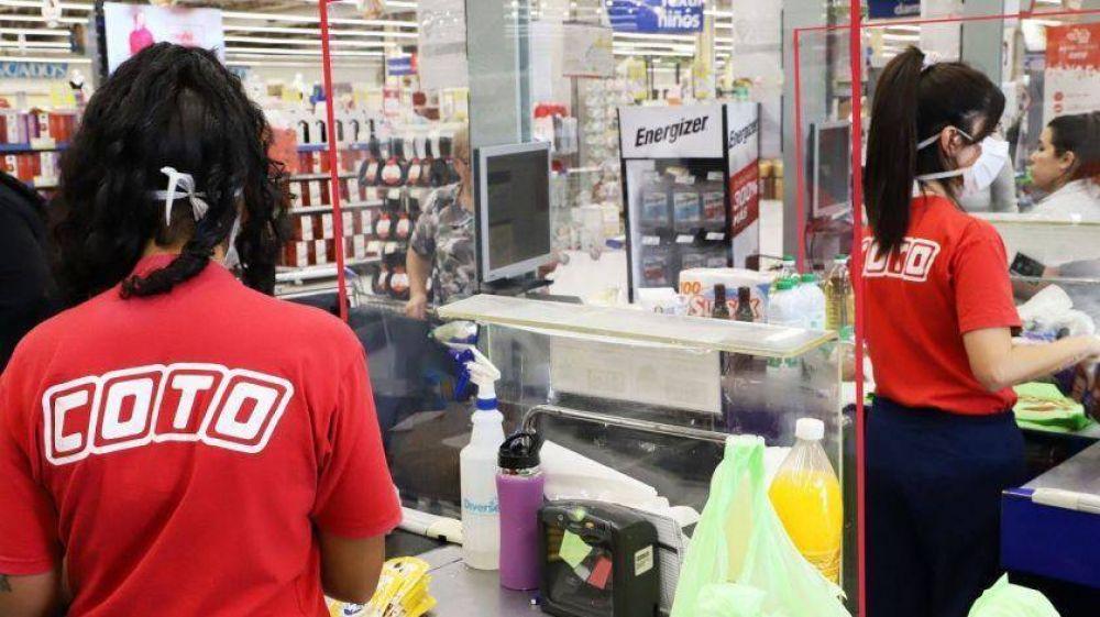 Más de mil infectados en supermercados: riesgo cotidiano y denuncias gremiales