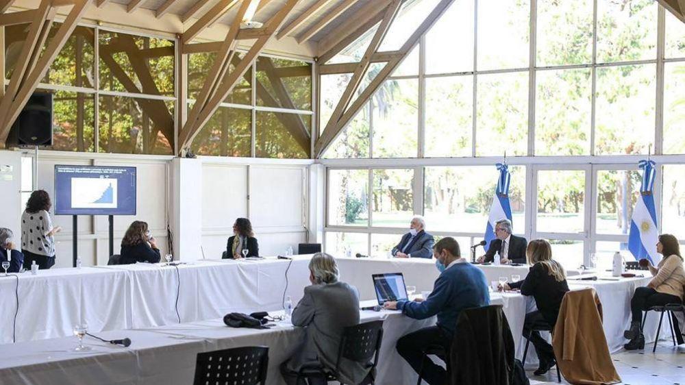 El Presidente consultó a infectólogos y ahora se reúne con Kicillof y Rodríguez Larreta