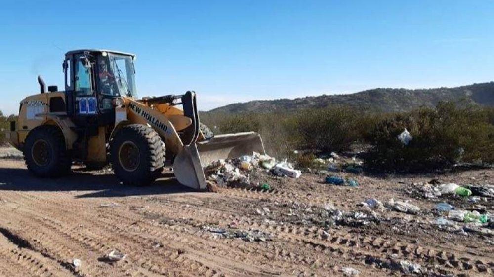 Caucete: sanean basural en el Paraje Difunta Correa