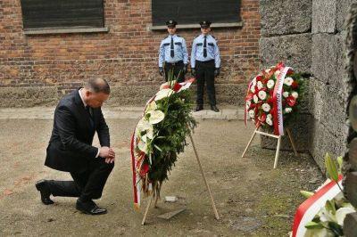Judíos, cristianos y romaníes de Alemania conmemoran el Holocausto en el campo de exterminio de Auschwitz