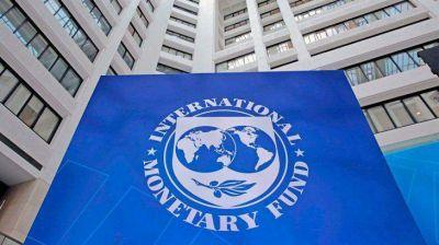 Define Economía la estrategia para negociar con el FMI