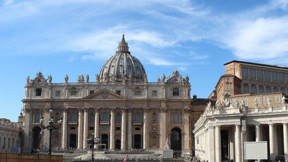 El Papa elige seis mujeres como expertas laicas del Consejo de Economía