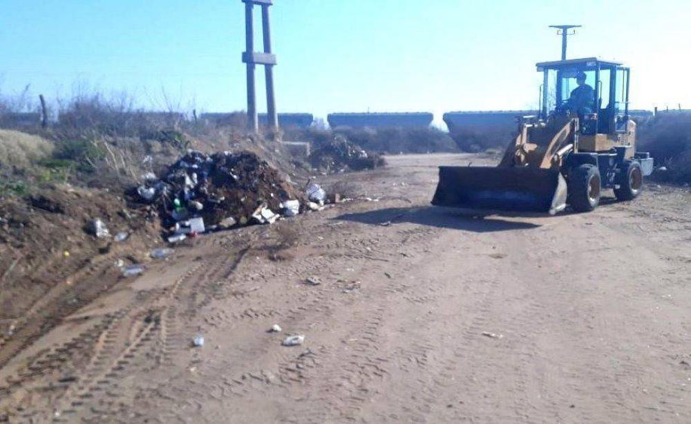 El municipio realiza limpieza de pequeños basurales
