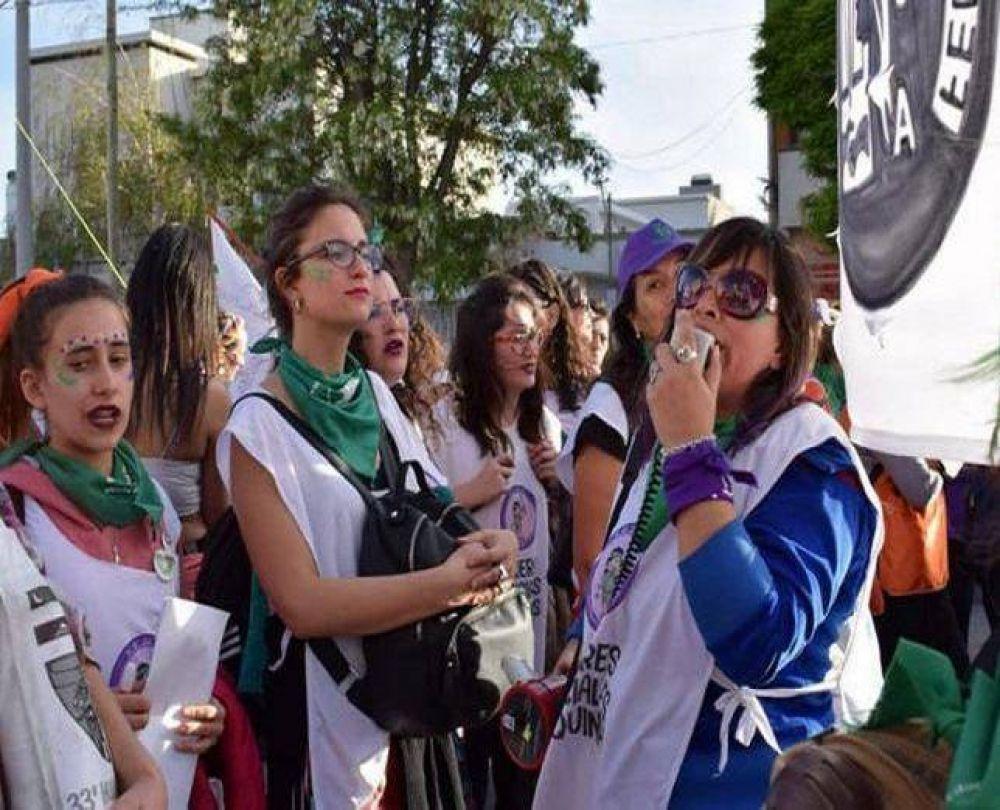Mujeres judiciales de Neuquén van a un paro en repudio al Fiscal Terán