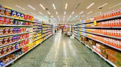 Argentina va por un etiquetado frontal de comida chatarra