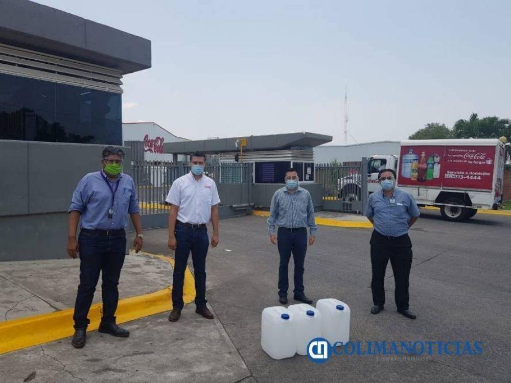 Colombia: Embotelladora Coca Cola de Colima entrega desinfectante a Sindicato de Salud para hacer frente a Covid-19