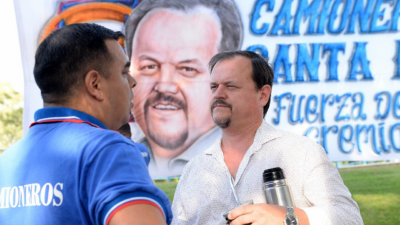 Un gremio de camioneros opositor a Moyano tiene en jaque a varias empresas en Santa Fe
