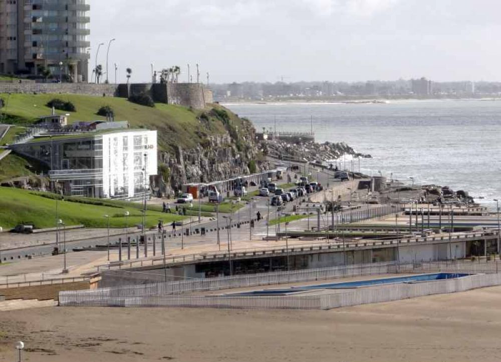 Exsecretario de Salud advirtió que Mar del Plata puede terminar con una situación similar al AMBA