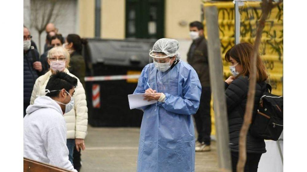 Cuatro de cada diez porteños testeados por el Plan DetectAR Móvil dieron positivo en coronavirus