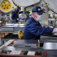 La economía comienza a repuntar: las industrias trabajaron al 53% en junio, valor similar a la prepandemia