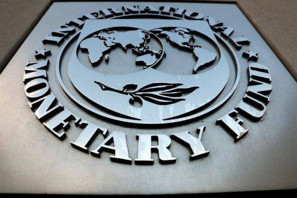 El FMI le ofrece a la Argentina negociar la deuda por USD 44.000 millones y espera la iniciativa del Gobierno
