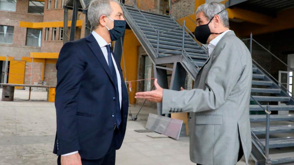 Guerra entre Ferraresi y el rector de la universidad de Avellaneda por un edificio en la vera del Riachuelo