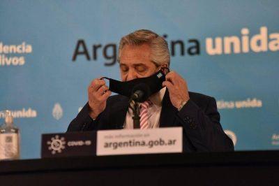 Falta de médicos, desbordes en hospitales y ausencia de controles: los reclamos de 12 gobernadores que alertaron a Alberto Fernández