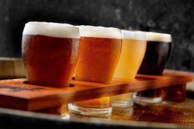 Embotelladoras de Coca-Cola firman contrato de distribución con Cervecería AB InBev y le meten presión a CCU