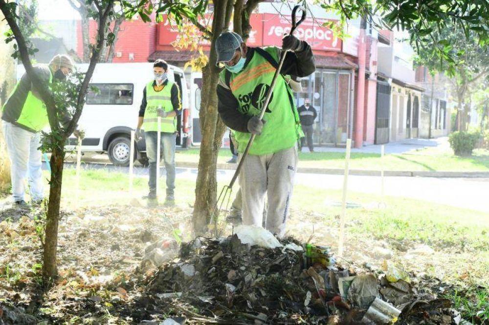 Acentúan tareas de eliminación de microbasurales y recuperación de espacios verdes