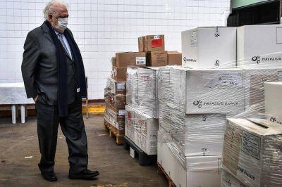 El Ministerio de Salud denunció el hallazgo de millones de vacunas vencidas abandonadas en un frigorífico