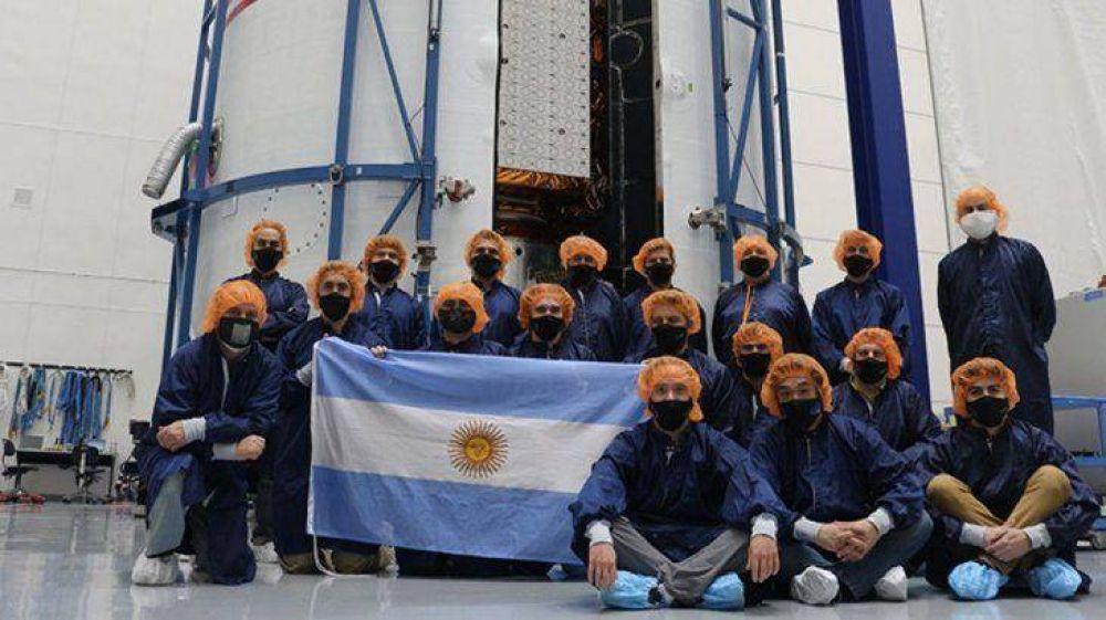 El satélite argentino SAOCOM 1B se aproxima al despegue