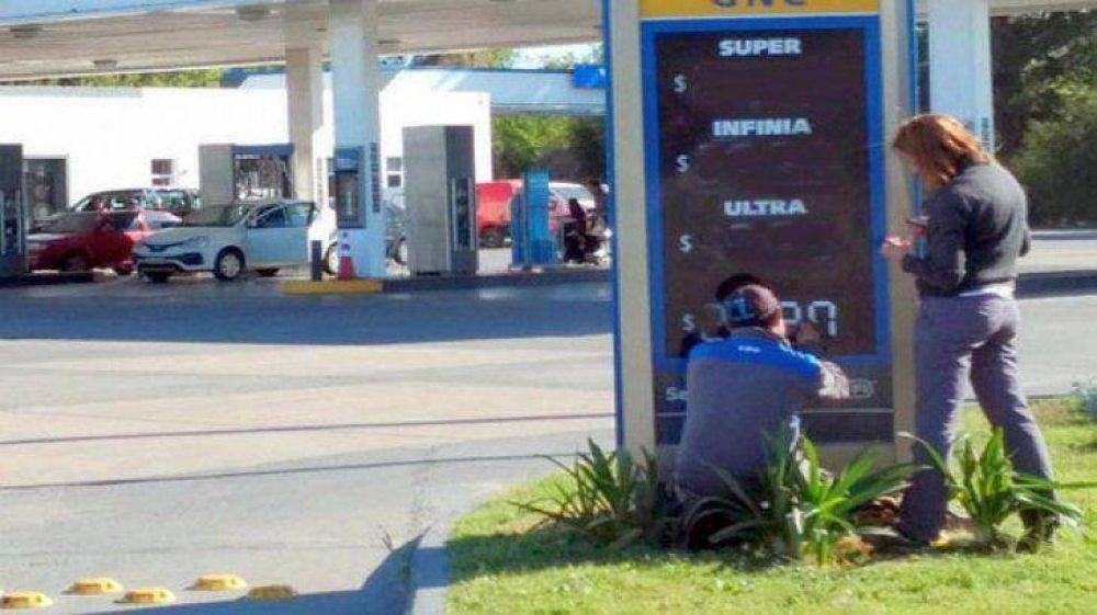 Estacioneros respaldaron el aumento de combustibles pero aseguran que resta suba de 7,5%